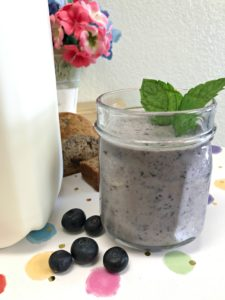 Blueberry Breakfast Smoothie for Busy Mornings