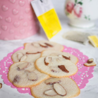 dainty, light and crispy almond cookies recipe