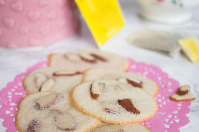 dainty, light and crispy almond cookies recipe
