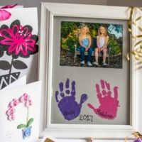 DIY Mother's Day Gift | Handprint Picture Frame